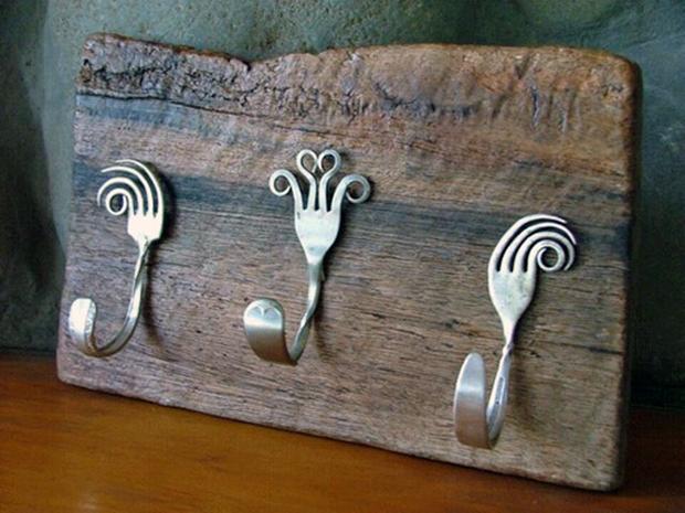 Creative-DIY-Wall-Hook-Ideas-5