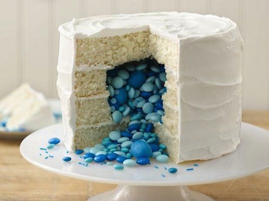 cake with suprise inside-20