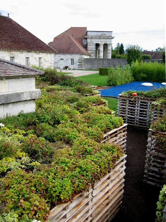 ideas pallets raised garden beds (11)