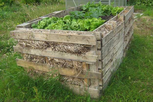 ideas pallets raised garden beds (25)