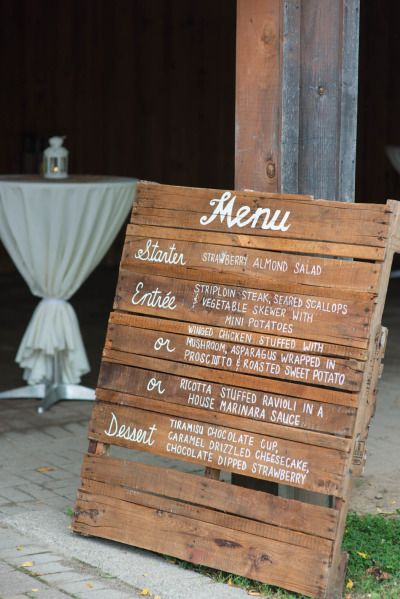 Rustic chic Ontario barn wedding