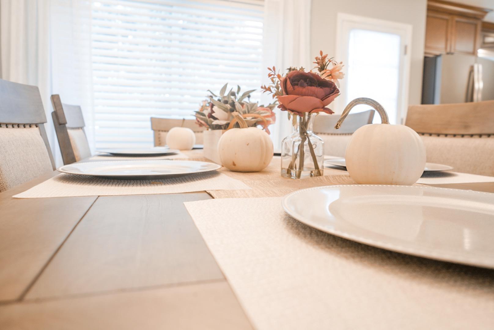 Thanksgiving Table Design for Under $50