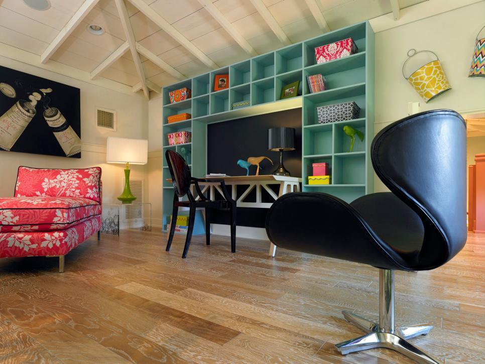 HSTAR8_Anne-Rue-Portfolio-girls-loft-desk_h.jpg.rend.hgtvcom.966.725