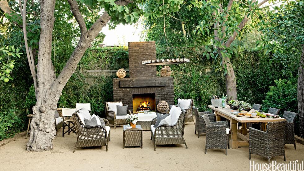gallery_nrm_54bf8e39cb328_-_16-hbx-brick-outdoor-fireplace-tobin-0513-s2