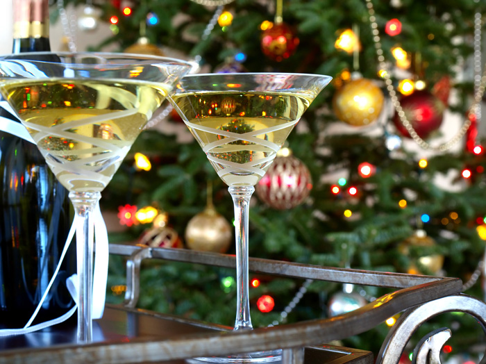 Skinny Cocktails & Apps For The Discerning Palette This Holiday Season