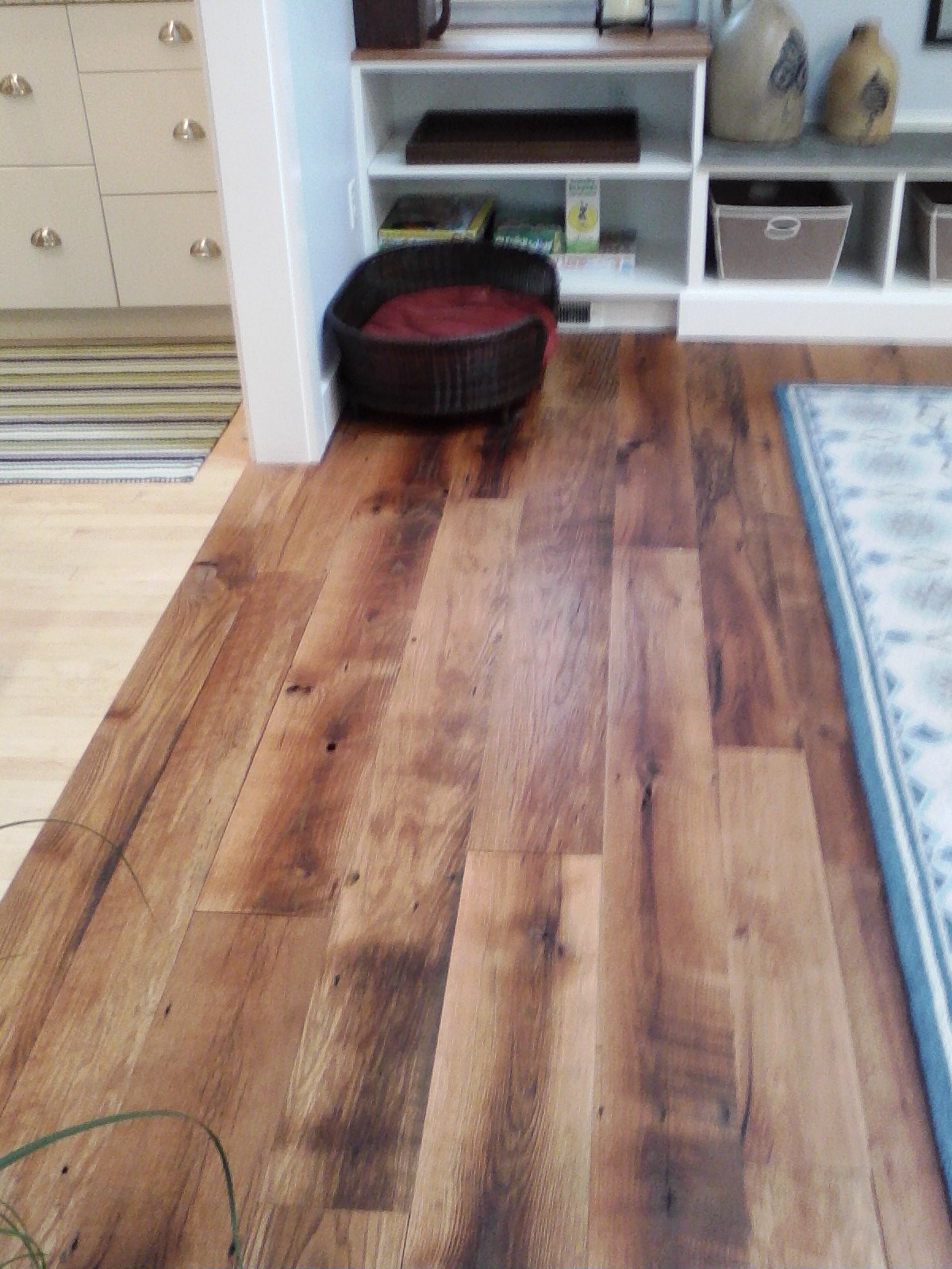 RECLAIMED BARNBOARD NOW FLOORING
