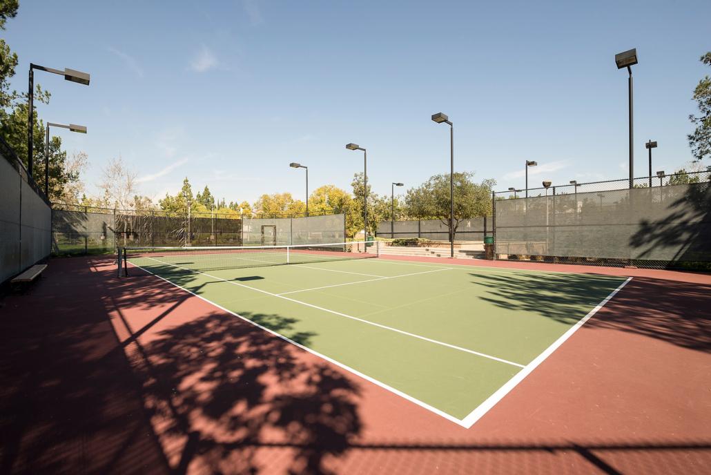 Meadowood Park Tennis Court in Irvine
