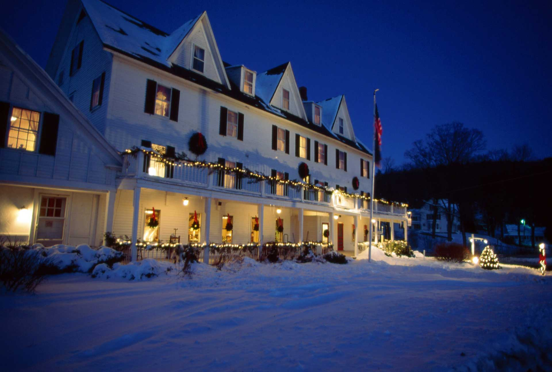 winter at echo lake inn