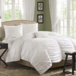 King size 4 Piece Comforter Set in Rouched White Cotton & MicrosuedeD4PCWK95671