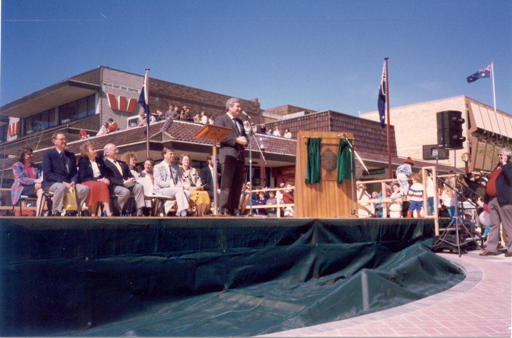 Premier Nick Greiner opening Hornsby Mall - 1991