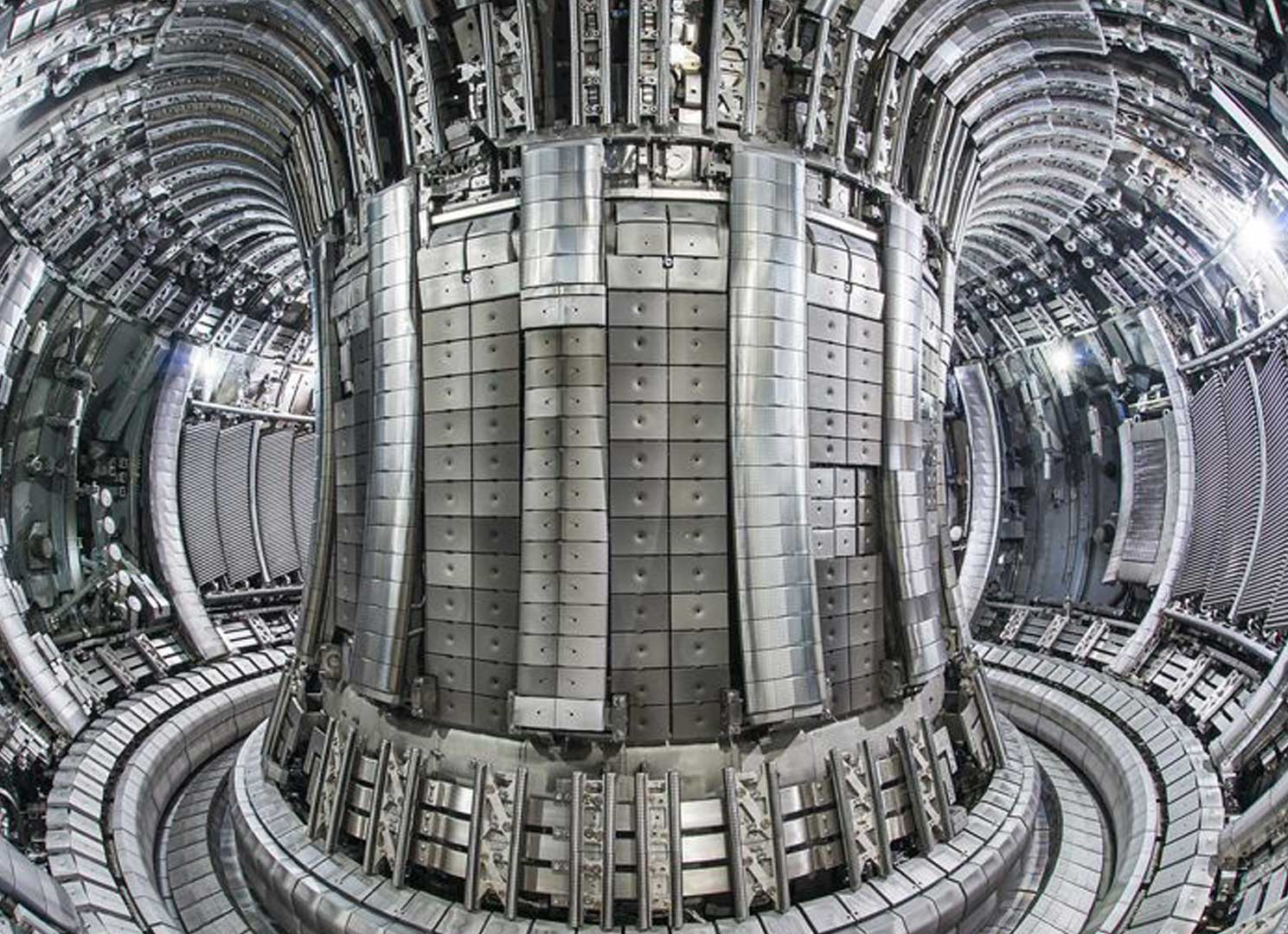 Fusion Power Reactor