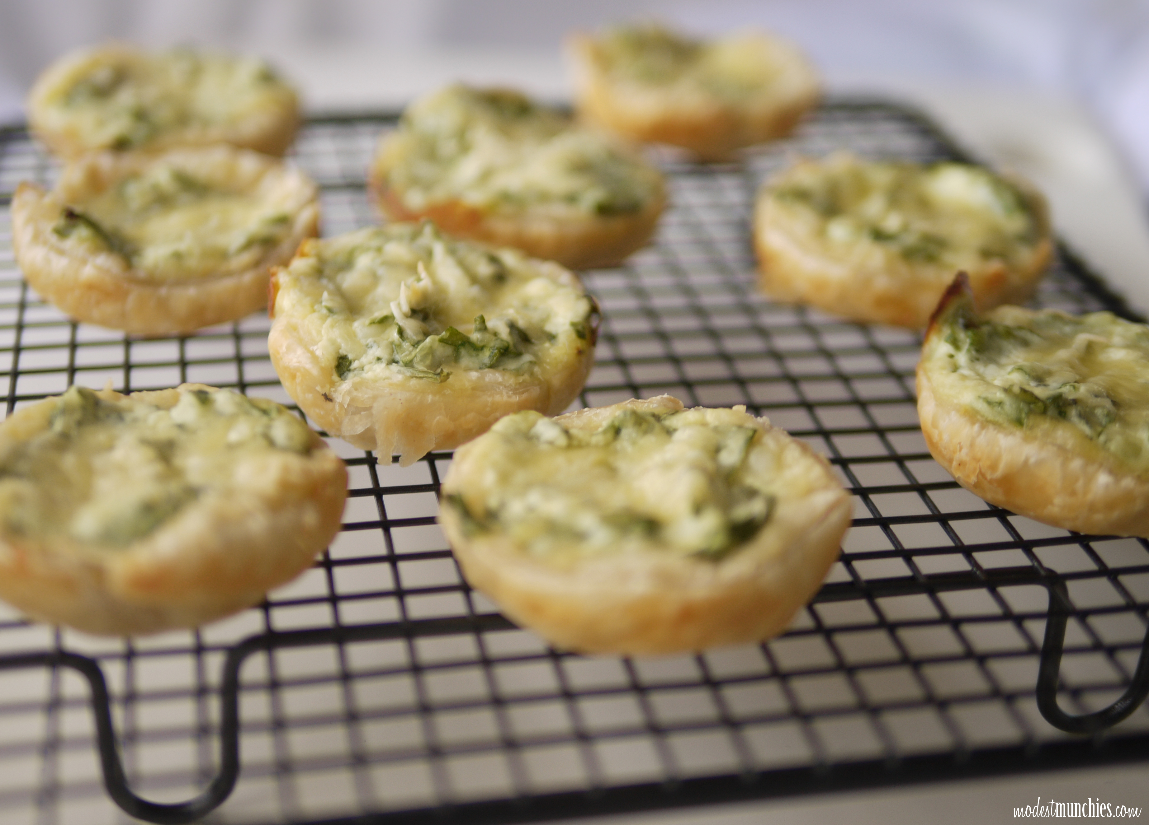 easy spinach and ricotta tartlets
