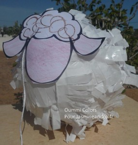 pinata-en-forme-de-mouton-diy1