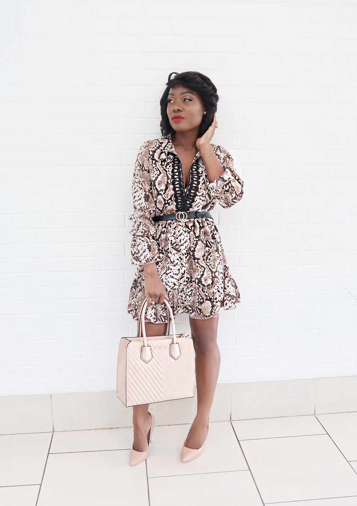Great ways to style snakeskin print dress for summer and Fall.