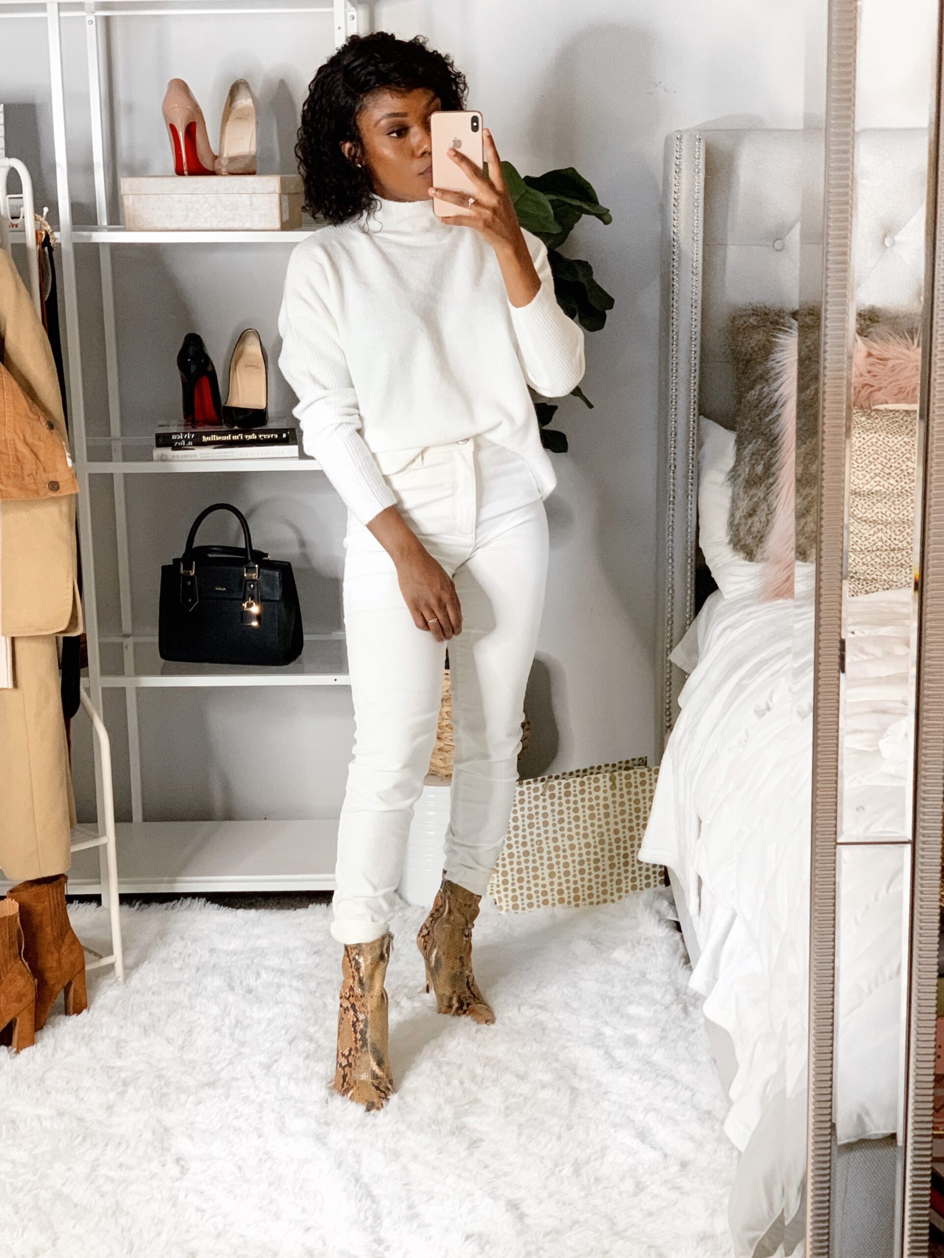 Affordable minimalist winter white look from Walmart.