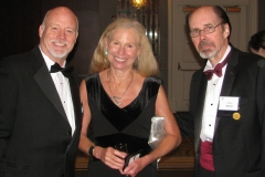 """With blockbuster bestseller Jeffery Deaver (""""The Bone Collector4"""") at right, and partner Madelyn Warcholik"""