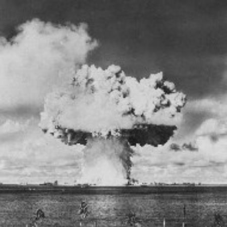 This image has an empty alt attribute; its file name is atomic-bomb-test-at-eniwetok.jpg