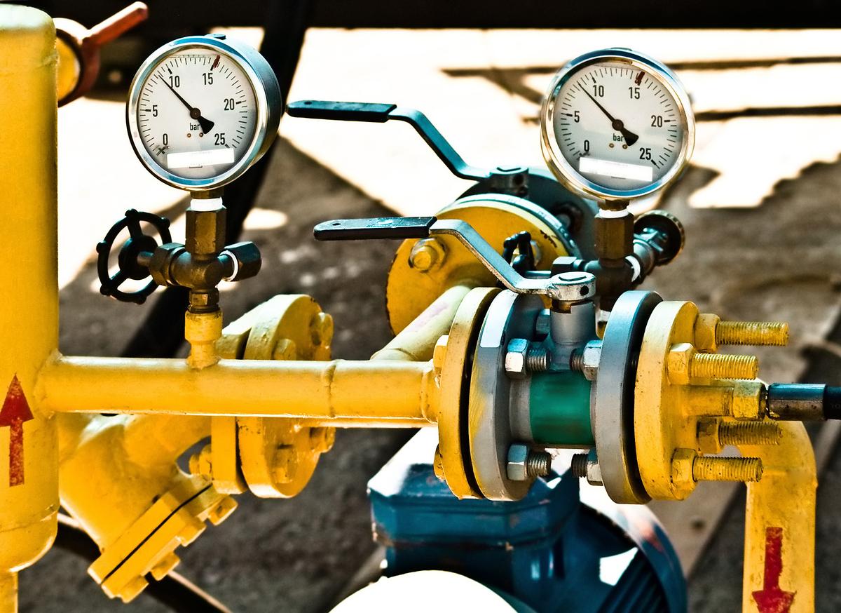 gas compressor control