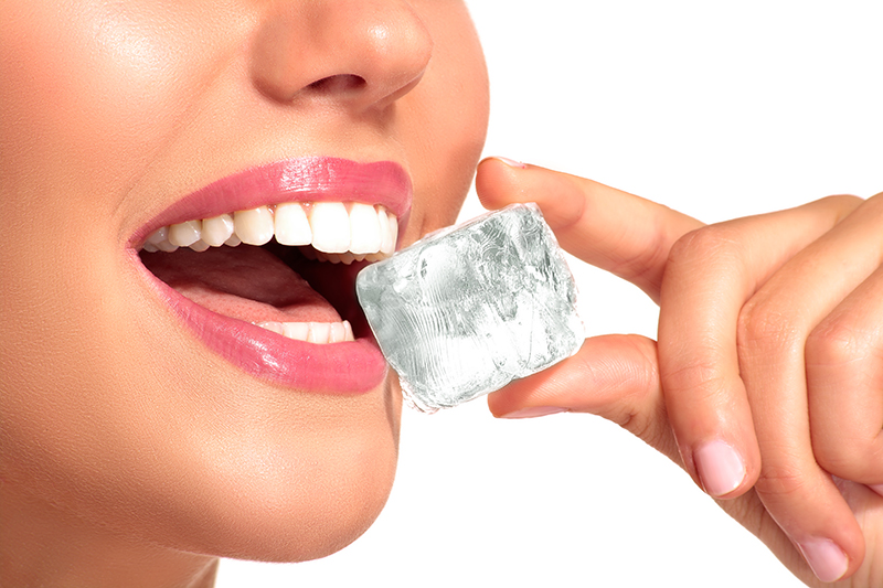 don't chew on ice dental tip
