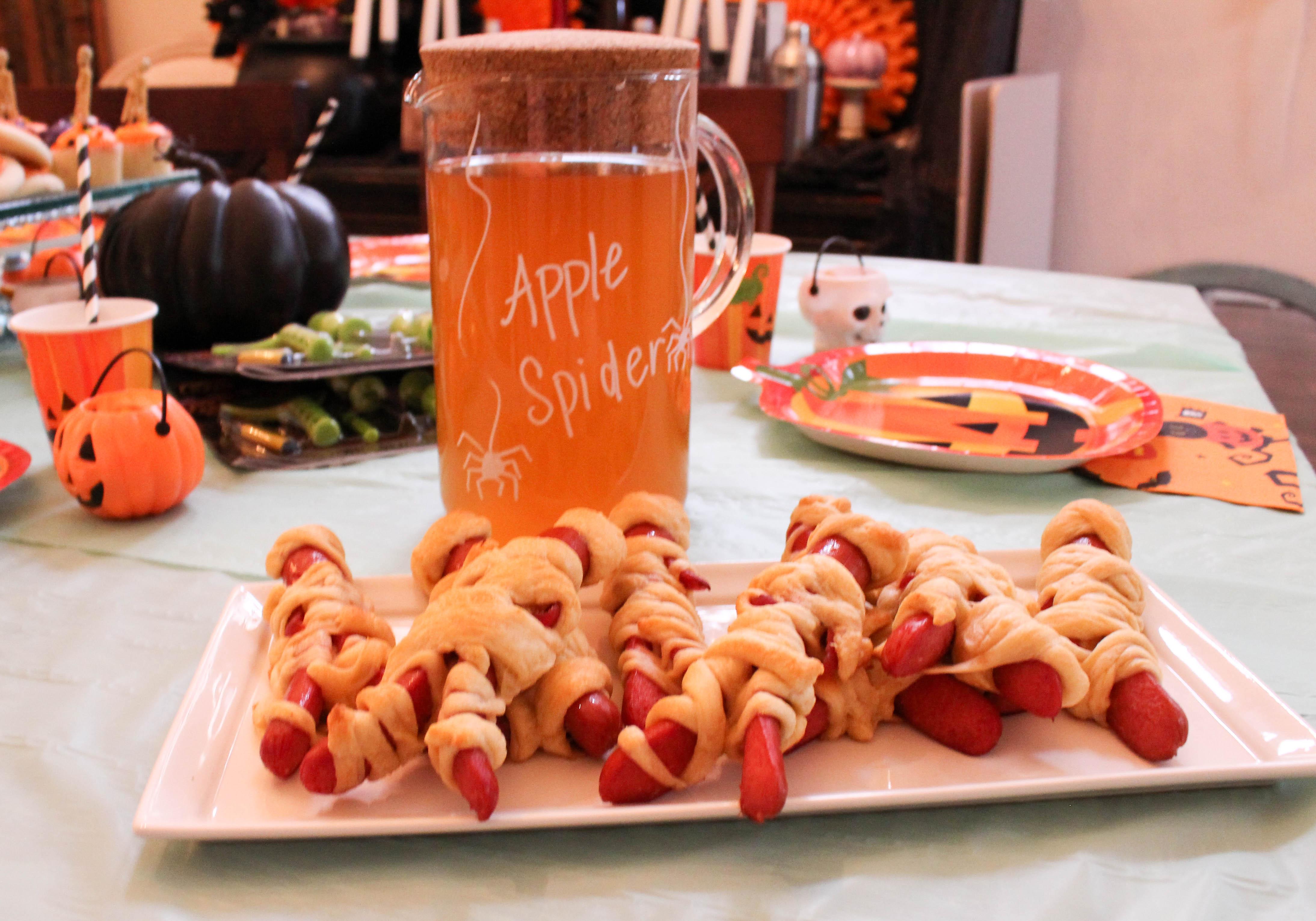 pumpkin-carving-party-costumes-kids-halloween-19