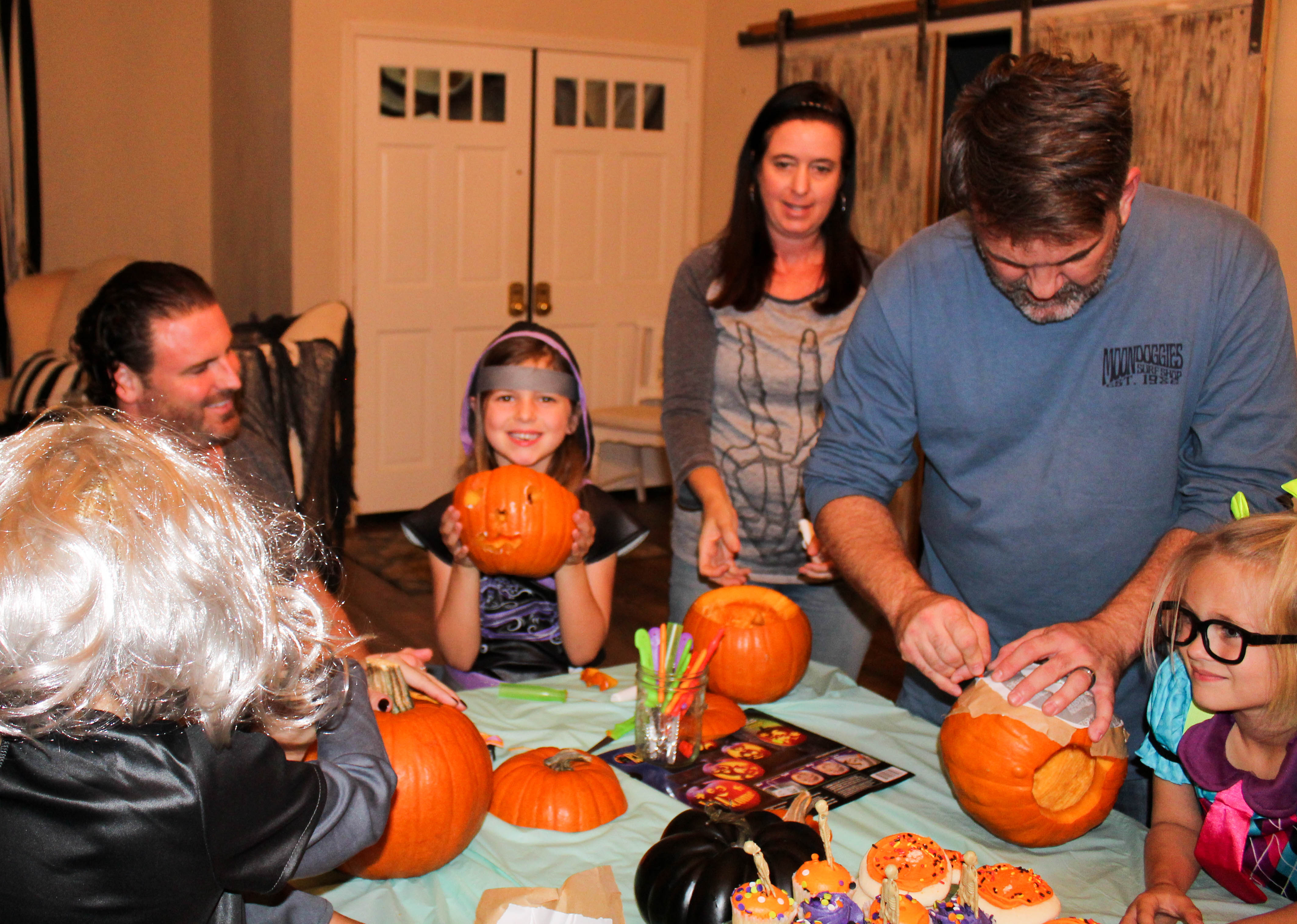 pumpkin-carving-party-costumes-kids-halloween-46-copy