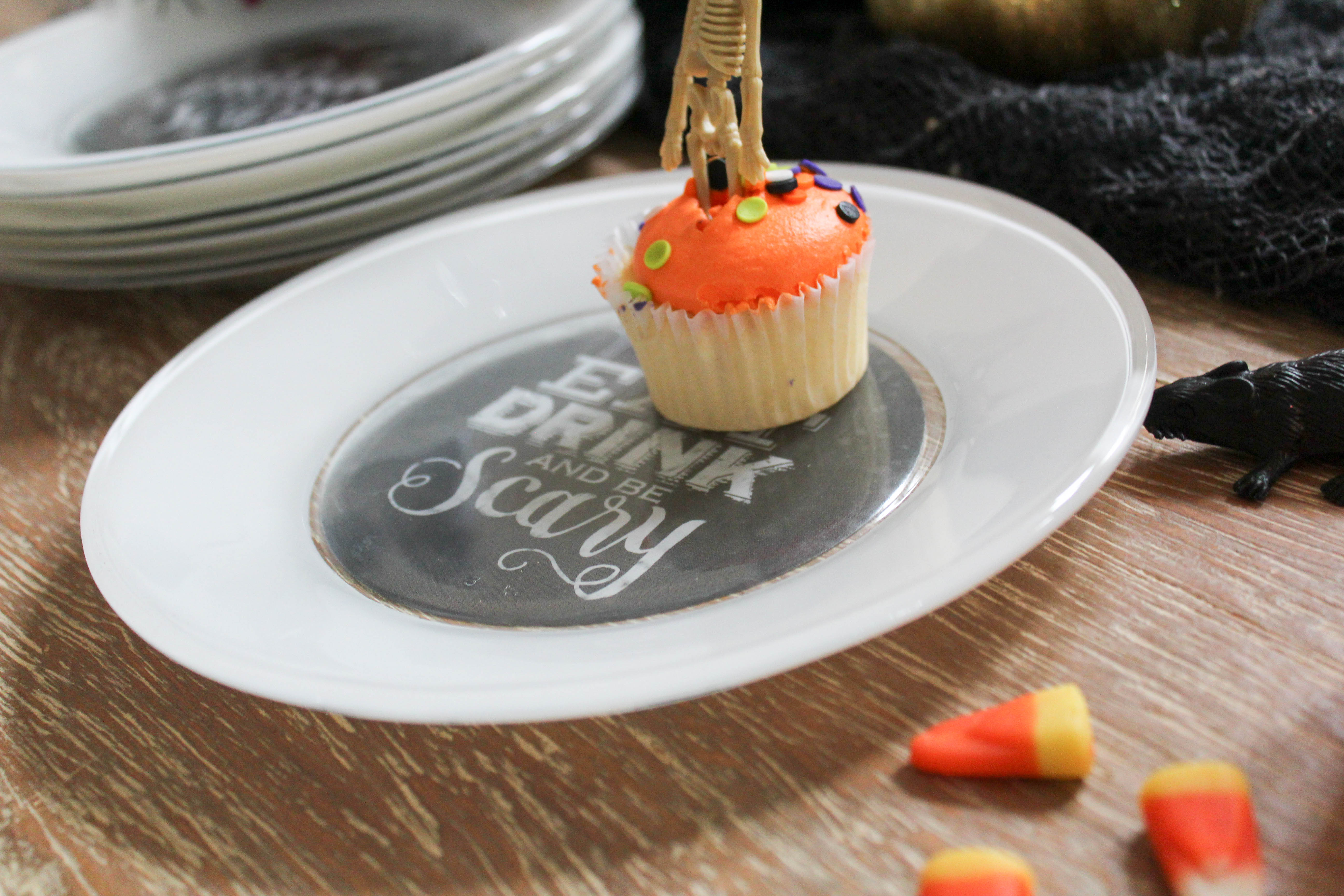 design-your-own-plate-make-custom-plate-halloween-dishes-3