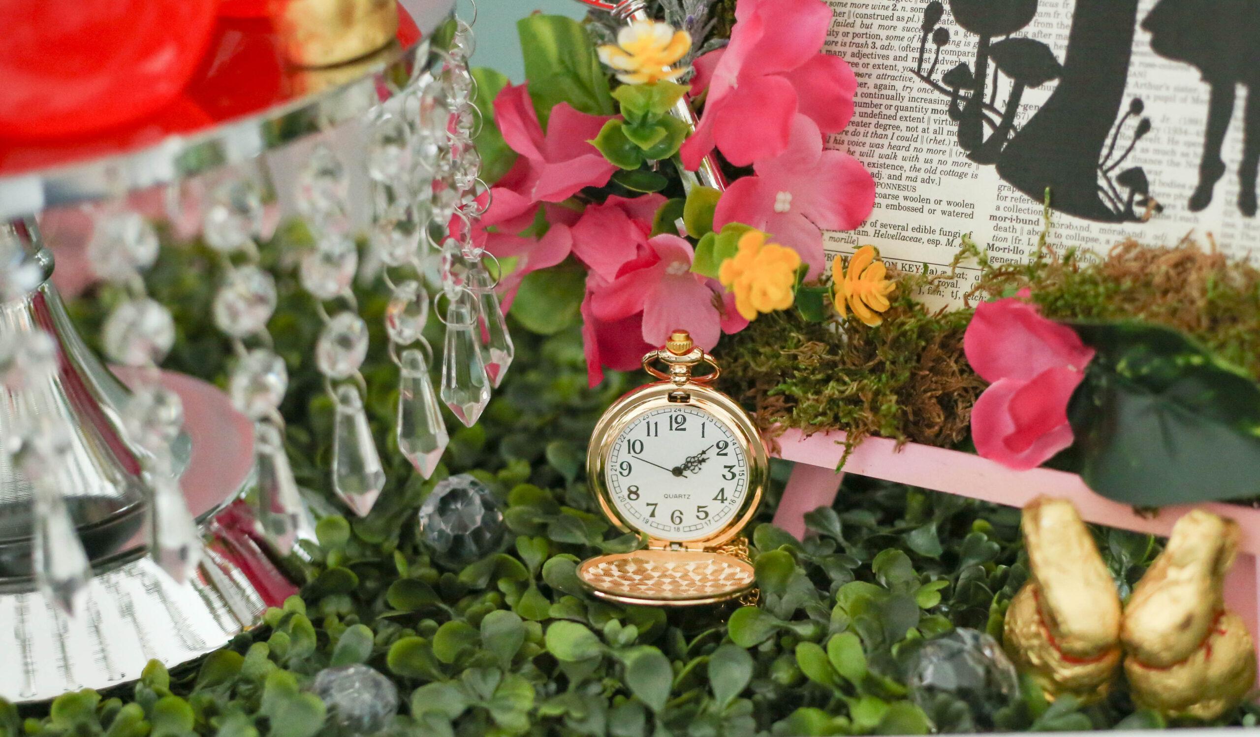 alice in wonderland gold pocketwatch
