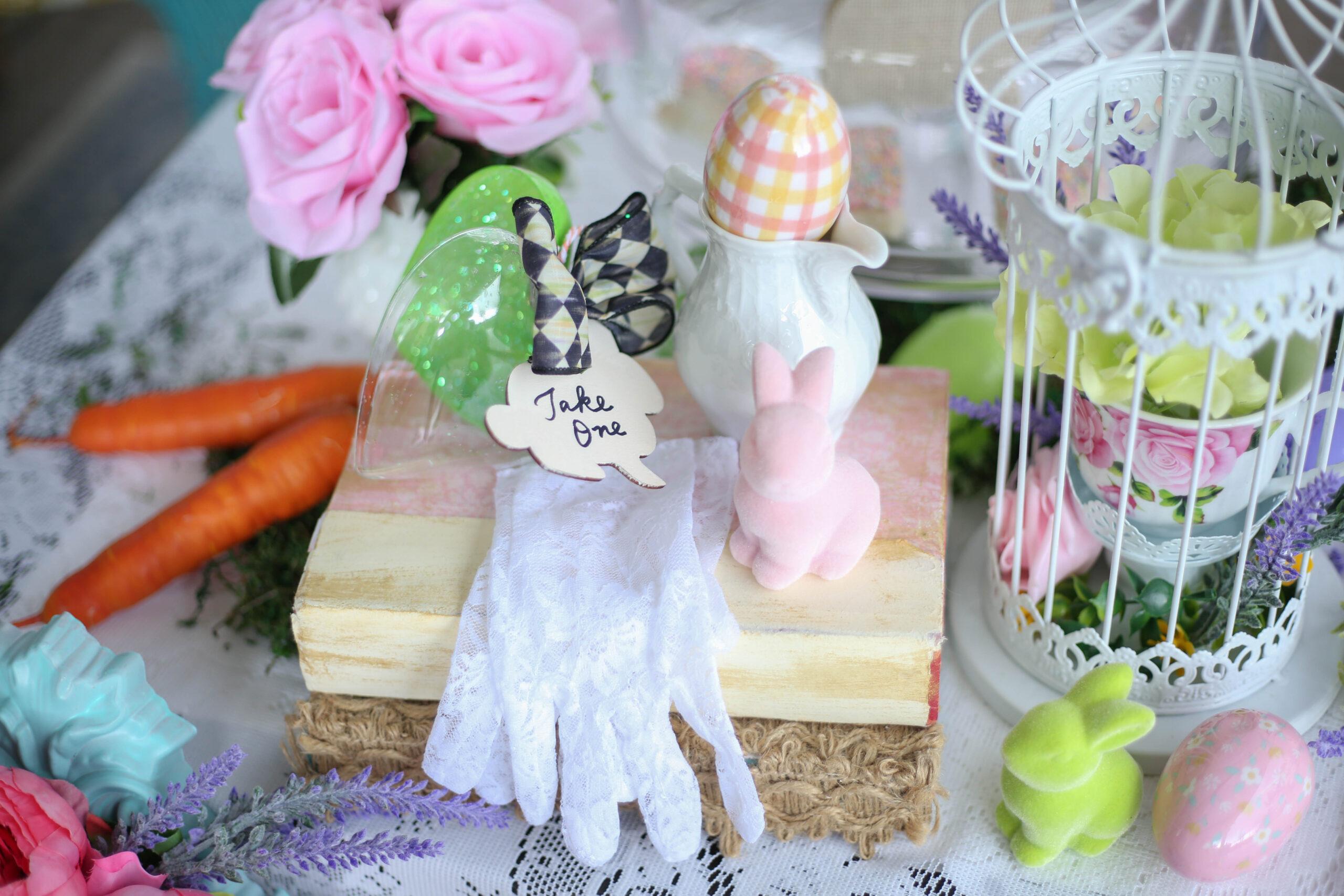 lace gloves as a tea party favor