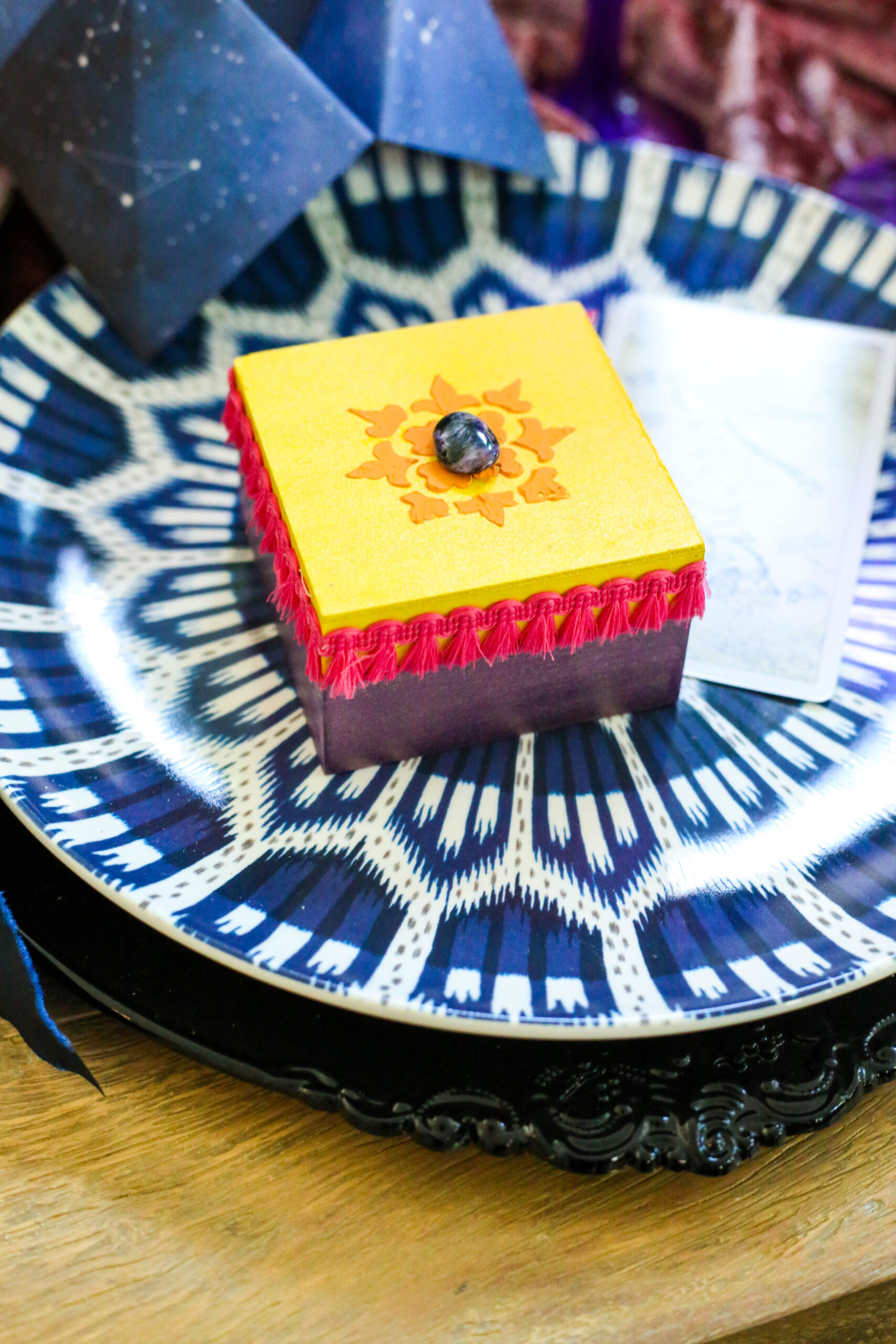fortune teller arty favors