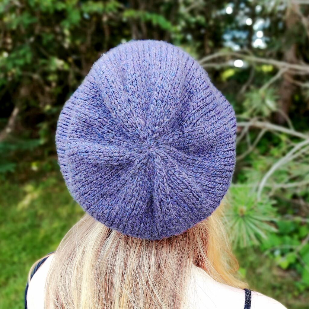 simple bulky slouch beanie back view