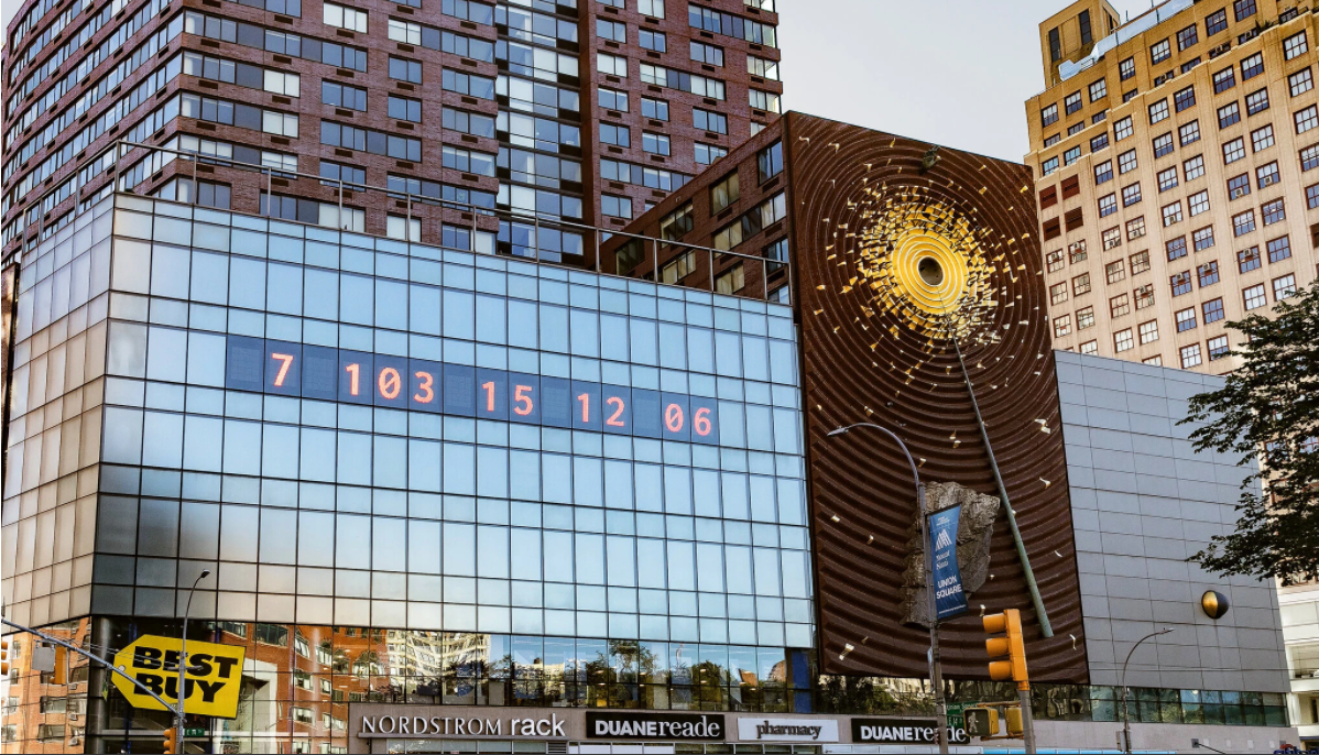 Our Thoughts on the Manhattan Clock That Tells Us How Much Time We Have Left