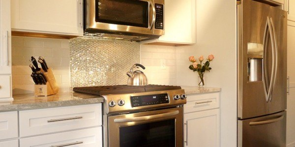 Kitchen remodel in Northern VA, MD, DC; subway tile; white Shaker cabinets; eat-in kitchen; stainless steel appliances