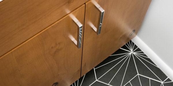 Floor details in remodeled bathroom
