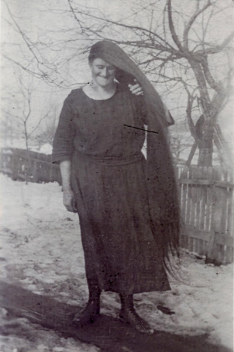 "Annie Lee ""Mom"" Krause with hair never cut (c.1940)"