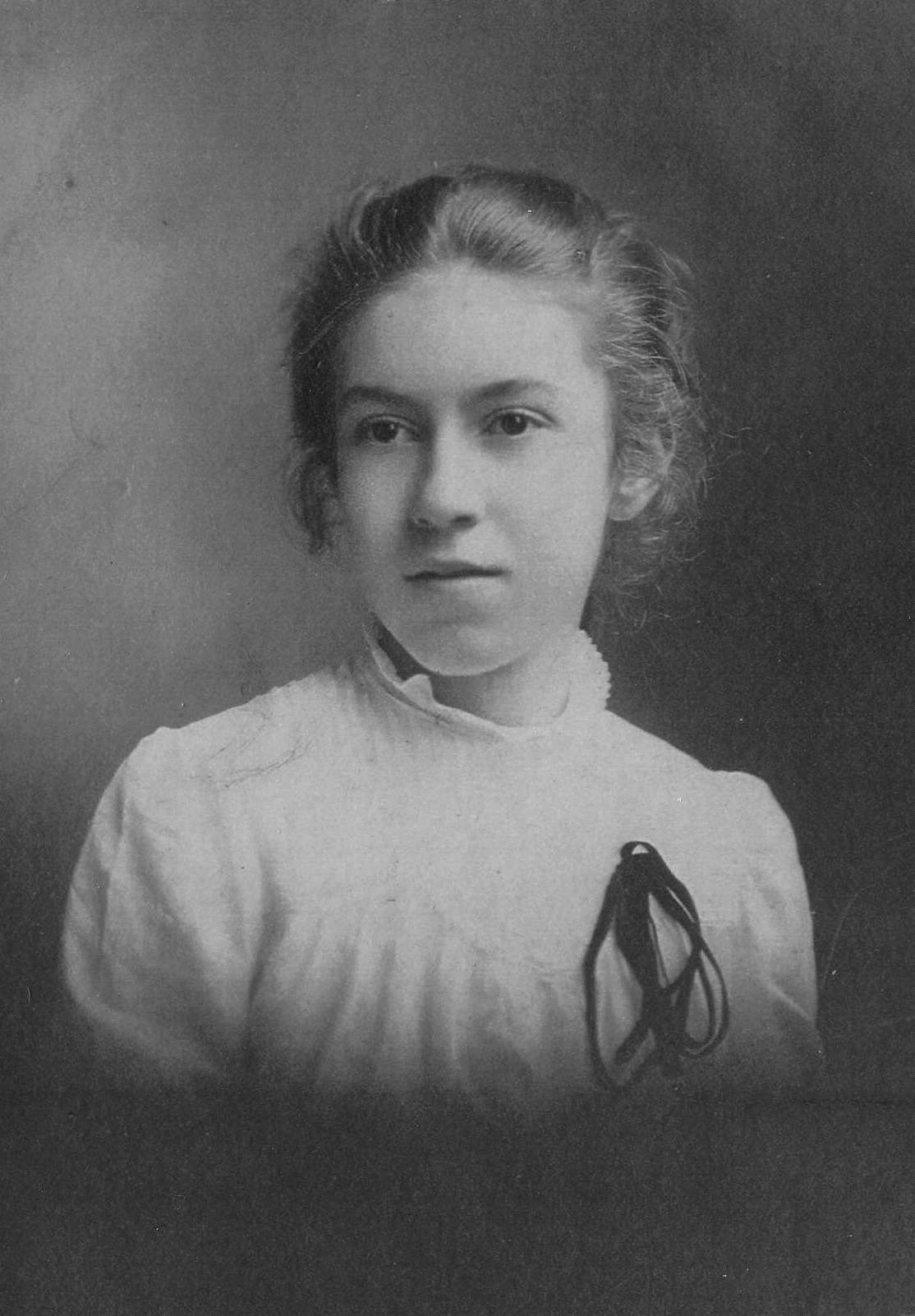 Janet Gray Kellar Hull (c.1911)