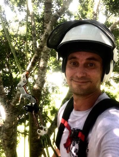 Contact Kats Tree Service of Sorrento,FL
