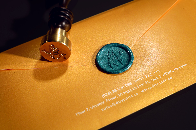 Davonne DL envelop with wax seal