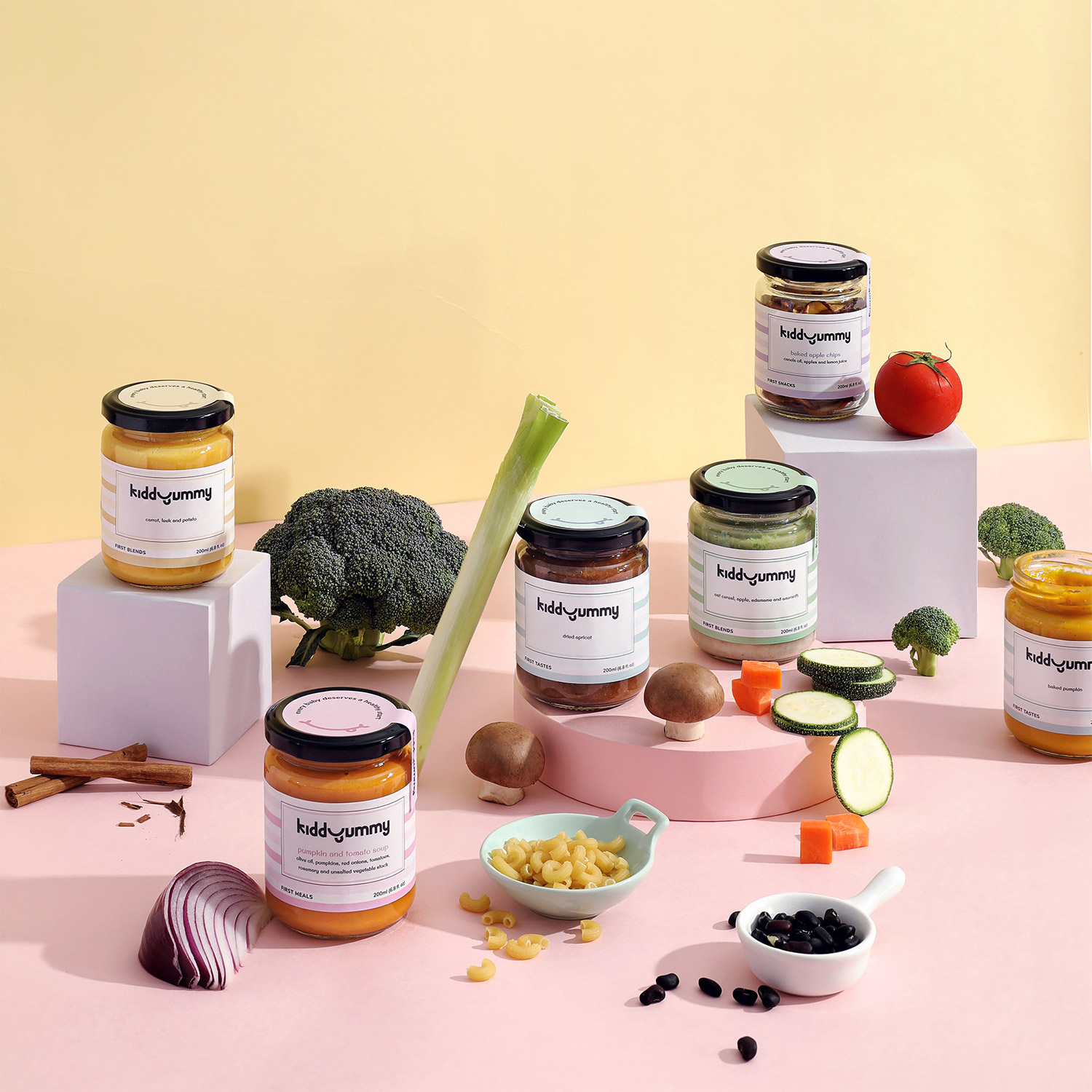 Kiddyummy jars with beans and vegetable