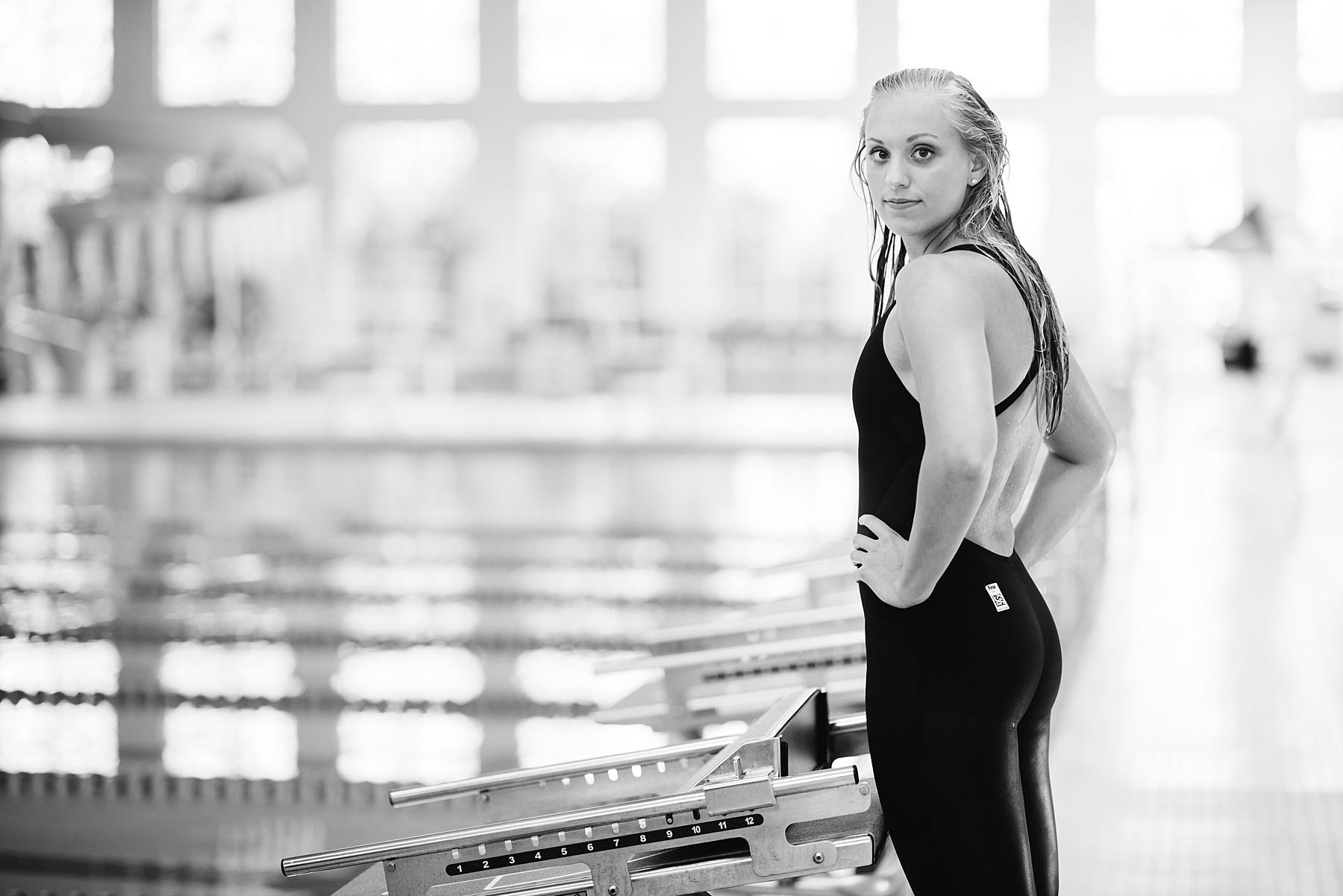 swimmer senior photos mn