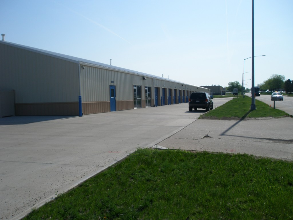 Wide range of self storage units to choose from.