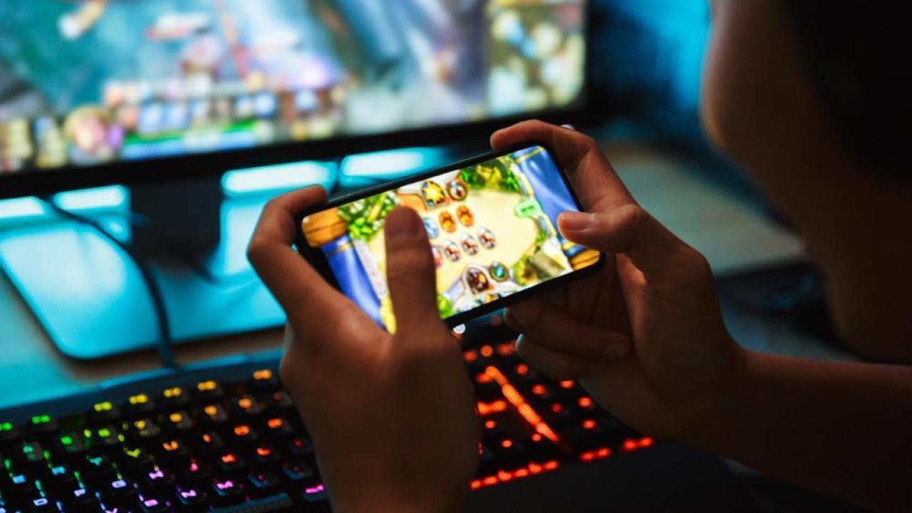 mobile gaming, gaming technology
