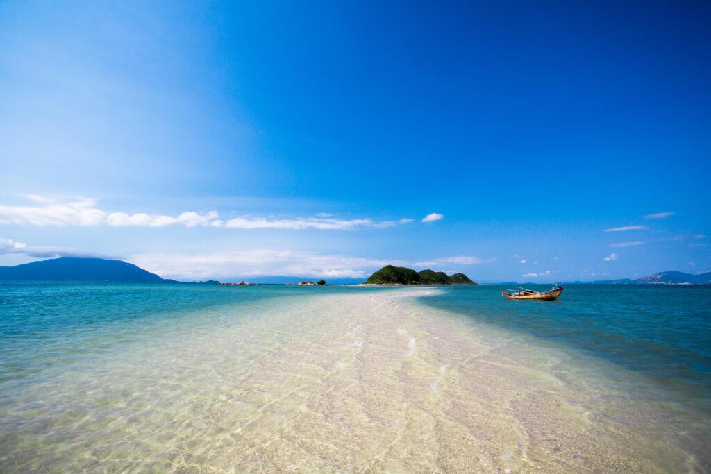 The coastline go into island, Nha Trang, Vietnam