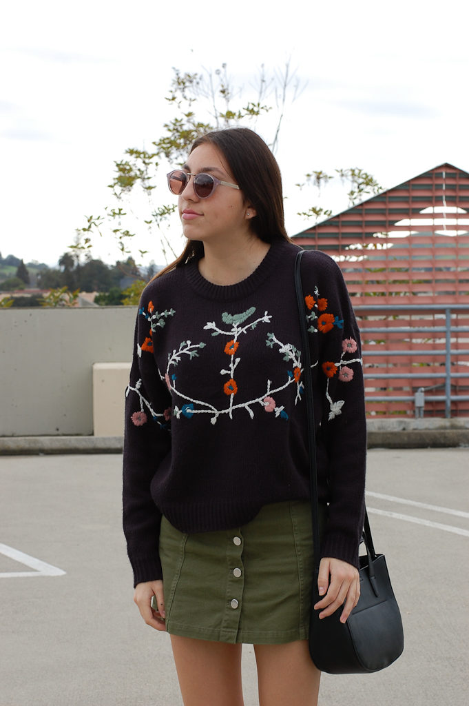 Floral sweater Green skirt front