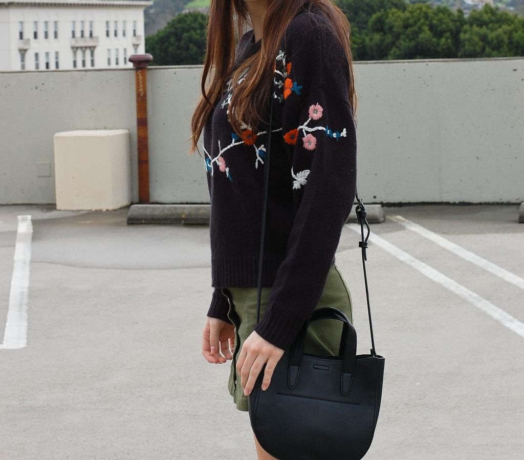 Floral sweater Green skirt side close