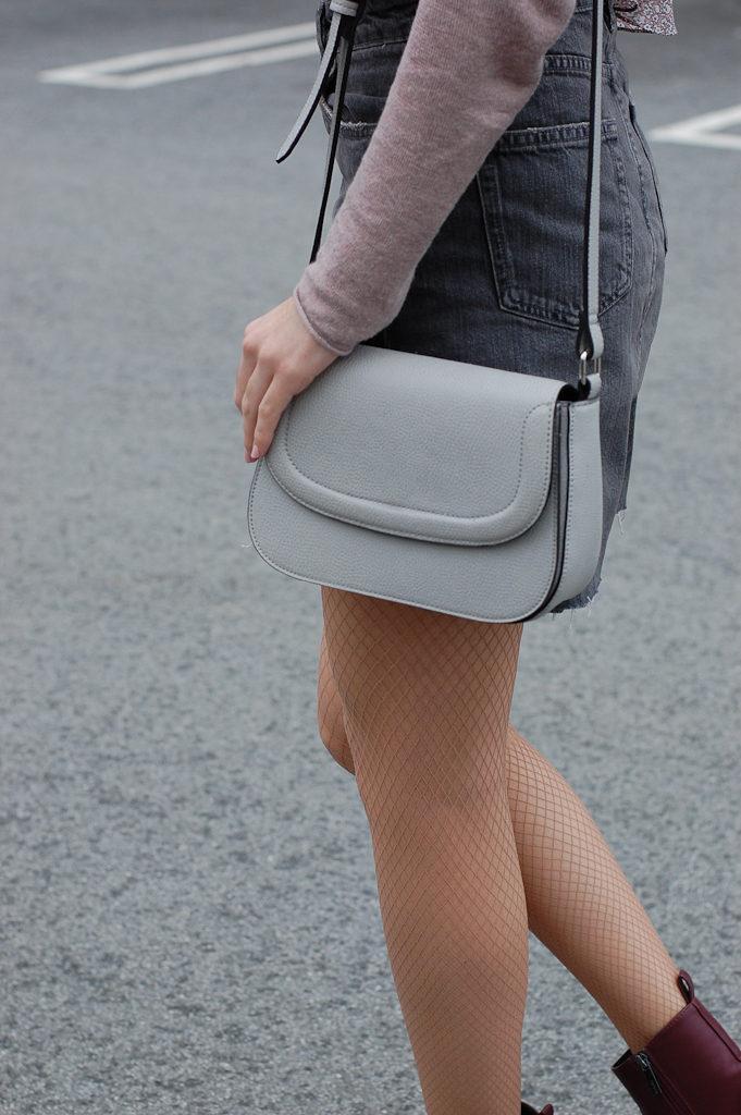 Gray skirt fishnets