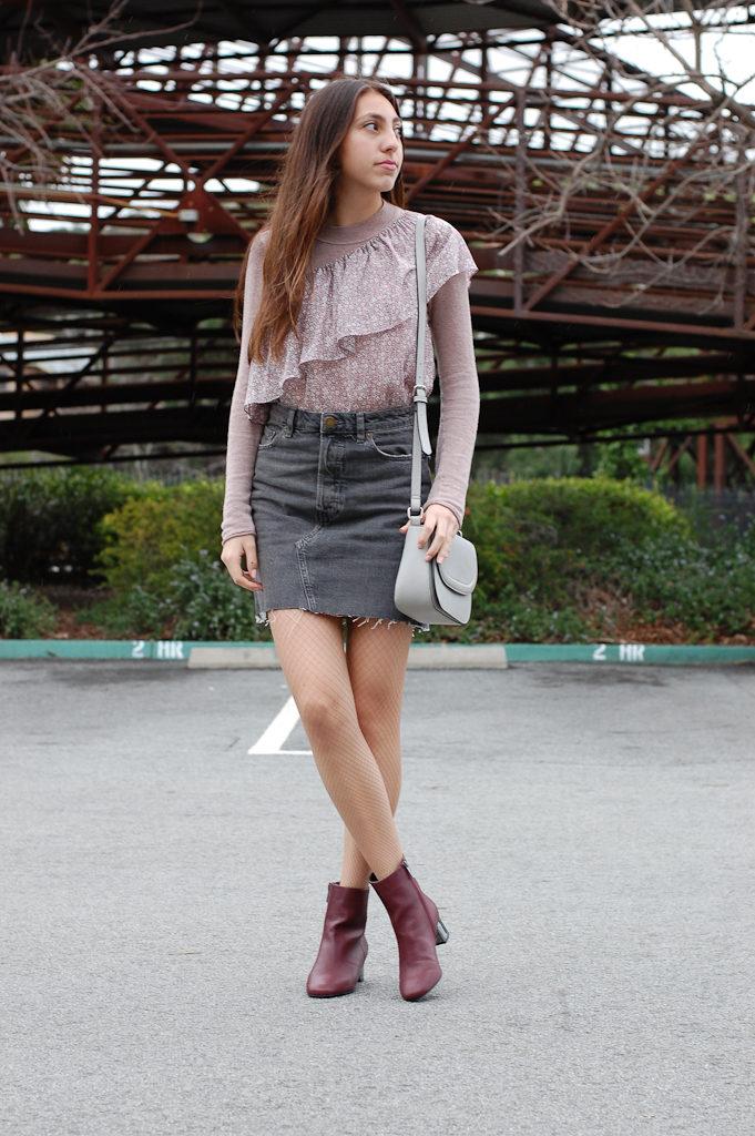 One shoulder floral Gray skirt