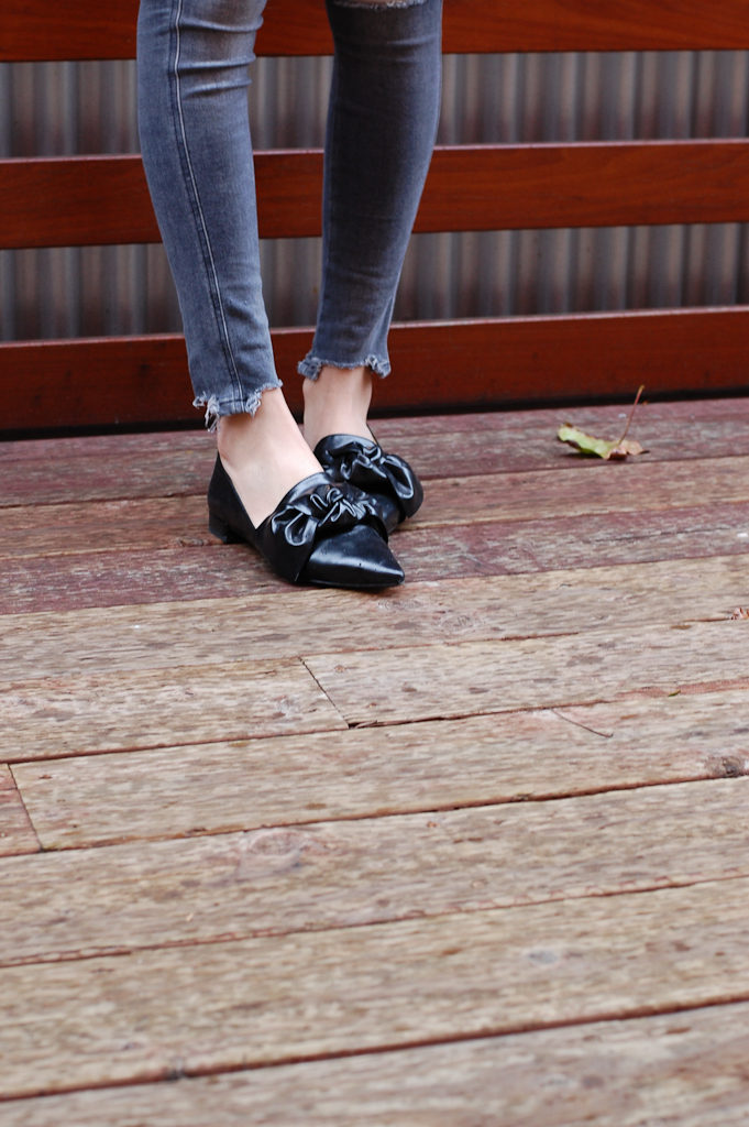 Zara black shoes with bow