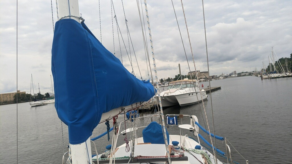 Custom sail pack on a Catalina 30