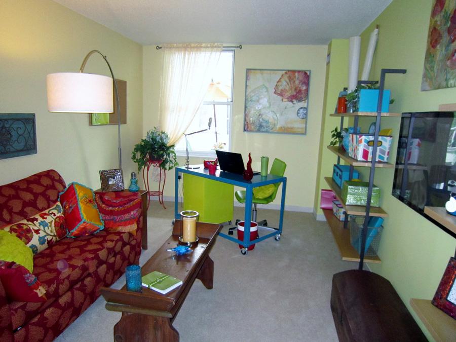 Mill 7: Second Bedroom office