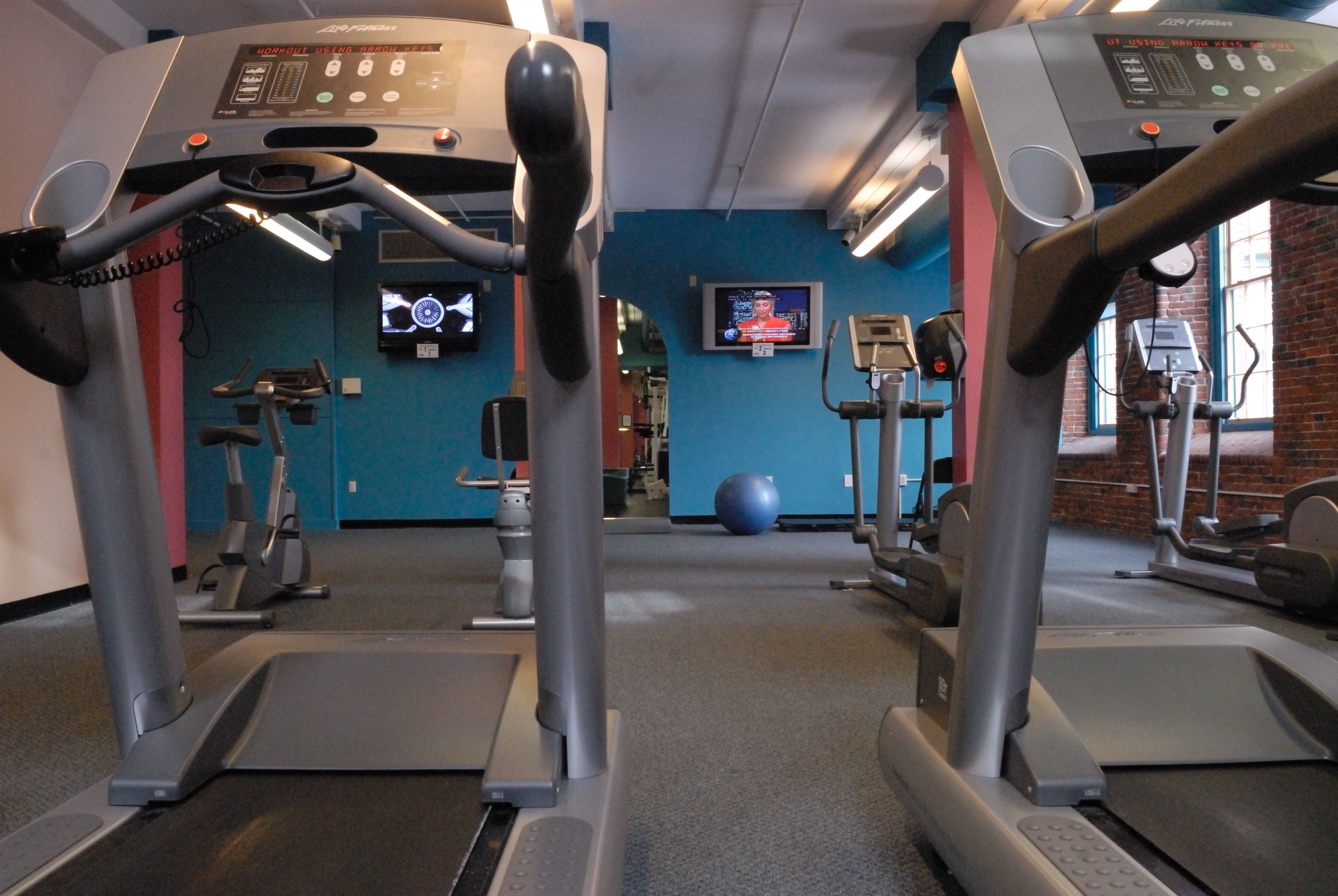 Treadmills, elliptical trainers and bicycles—you'll get the aerobic workout you want.